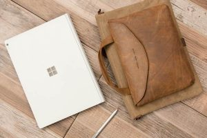syde-canvas-lifestyle-surface-book_grande